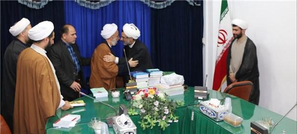 دیدار رئیس مؤسسه و جمعی از اعضای هیئت علمی با حضرت علامه آیت الله مصباح یزدی
