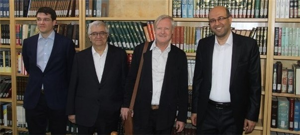 دیدار  پروفسور Pierre Caye رئیس مرکز تحقیقاتی ژان پپن فرانسه و هیئت همراه از مؤسسه پژوهشی حکمت و فلسفه ایران